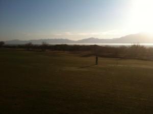 morgendliches Golfspiel