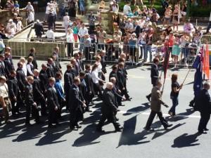 Straßenparade zum ANZAC Day