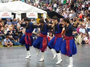 Tanzdarbietung auf dem Paniyiri Festival